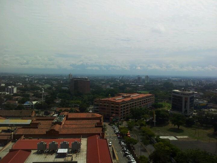 Panorámica hacia el oriente de Cali desde Chipichape #CaliCo #Cali #Colombia