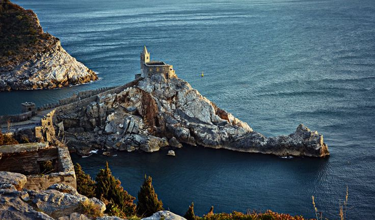 Portovenere, Liguria - 27 places in Italy that don't look real #travel #italy #seaside
