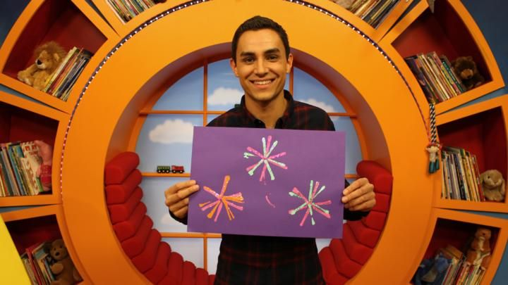 A CBeebies guide to how to make a colourful firework picture - ideal for Diwali, New Year celebrations or for Guy Fawkes Night.