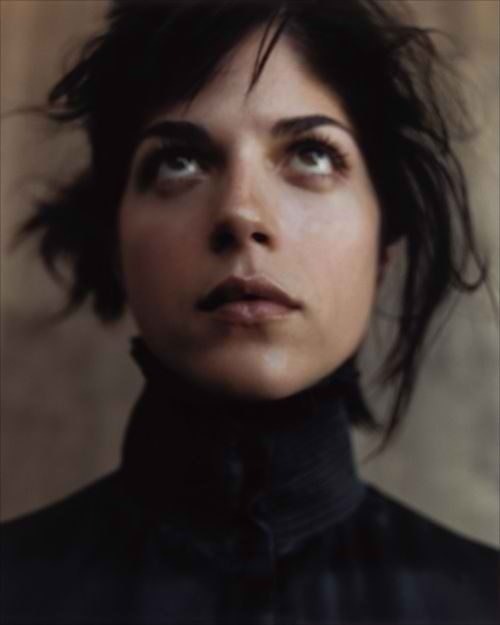 Selma Blair , softness in this one creates an appealing asethic