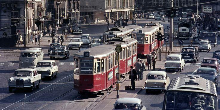 Hamburg, Verkehr am Stephansplatz, ca.1965. Foto Walter Lüden