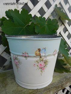 Flor de pintura de cubo en cubo vintage con aves y por 4WitsEnd
