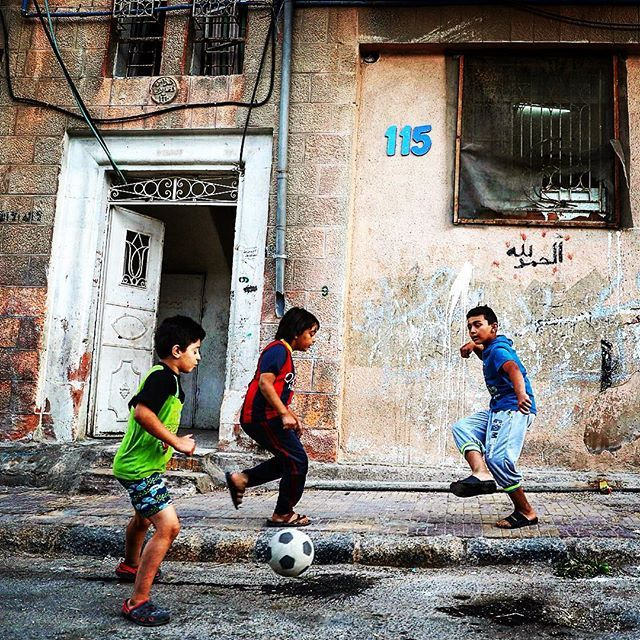 2 days to go! The countdown to the FIFA U17 Women's World Cup is well and truly on here in Jordan. Preparations are almost finalised at the stadia. And around the capital, we've seen lots of young kids practising their skills.  #football #firstlove #practicemakesperfect #amman #jordan #U17WWC 🇯🇴⚽️😍