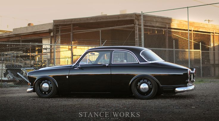 stance-slammed-volvo-amazon-122