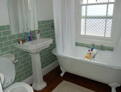 Showering Over a Freestanding Bath