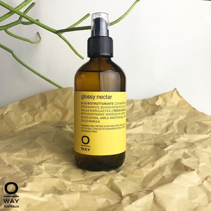 Glossy Nectar gives shines and restructures even the most damaged hair.  You can add drops of this liquid gold to flux potion for a controlled shine or with Curly Potion to tame frizzy curls and nourish the cuticle.  Find an Oway salon near you for some green chemistry love!  #poweredbyplants