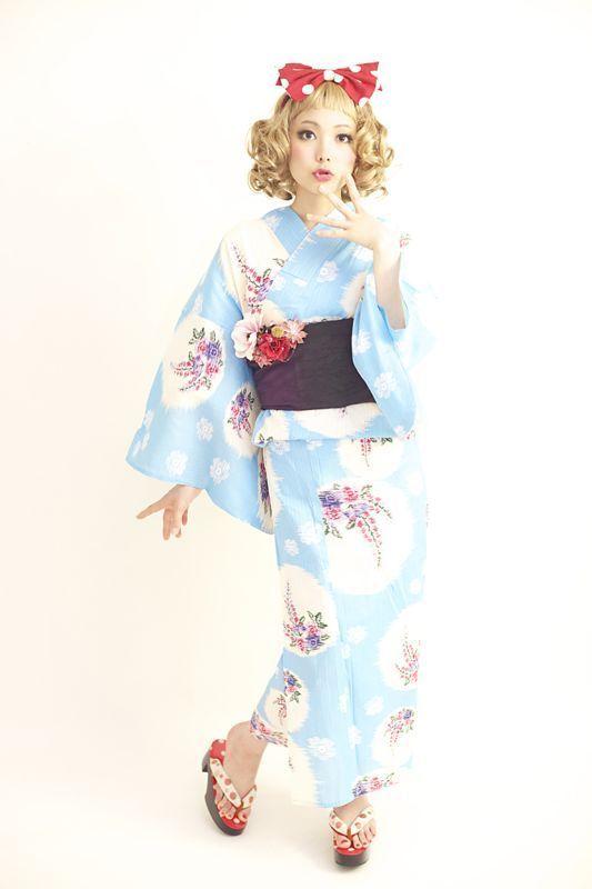 浴衣の着付 浴衣のレンタルの画像   ダリヘアデザイン 高島の靭公園から徒然と