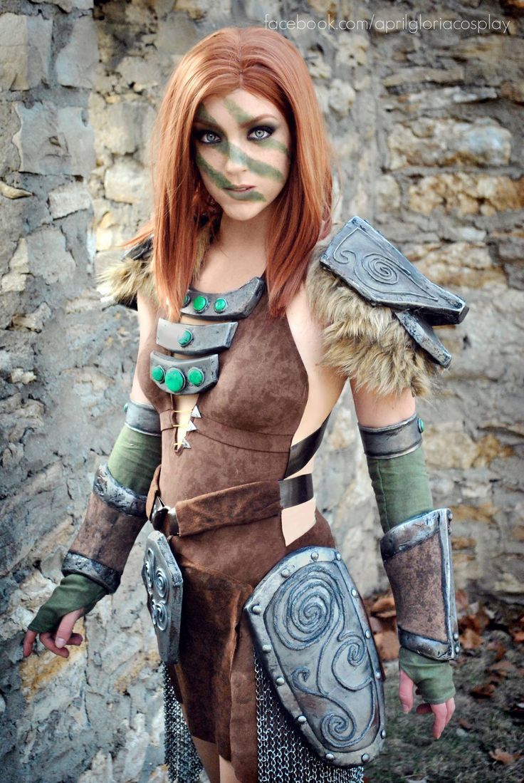 Character: Aela the Huntress / From: Bethesda Softworks 'The Elder Scrolls V: Skyrim' / Cosplayer: April Gloria