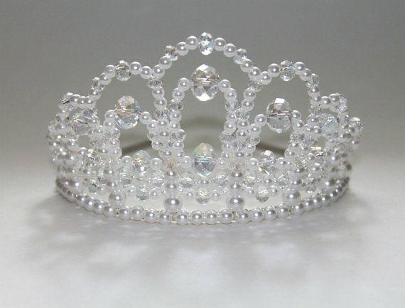 A True Diva Crystal and Pearl Tiara, Bridal Tiara, princess Tiara, Birthday Tiara, Prom Queen Tiara