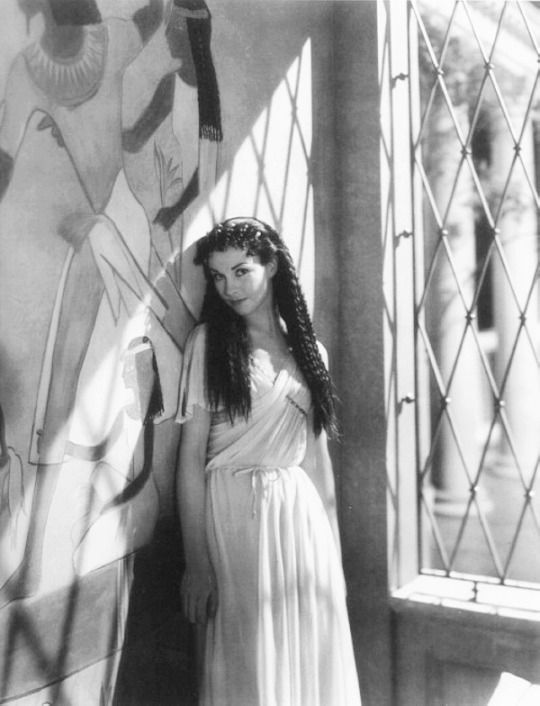 Vivien Leigh photographed on the set of Caesar and Cleopatra by Cecil Beaton, 1945