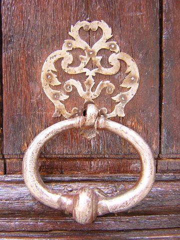 Heurtoir de porte  34 rue des Francs-Bourgeois  Paris 75003