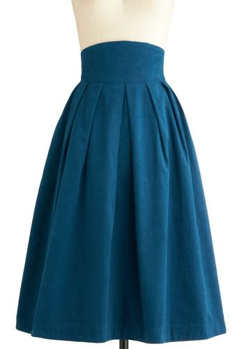 OMGosh it's corduroy!! I adore the vintage feel of this skirt and the high waist is so glam