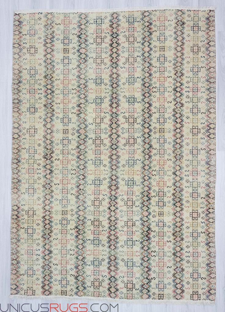 """Hand-knotted vintage decorative modern  Turkish art deco rug from Isparta region of Turkey. In very good condition. Approximately 40-50 years old. Wool on cotton. Width: 6' 9"""" - Length: 9' 6"""" Vintage Art Deco Rugs"""