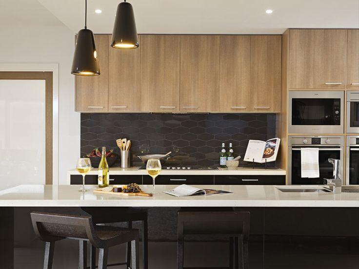 Waratah325 - Fairhaven Homes RAVINE Sepia Oak and CREATEC Black