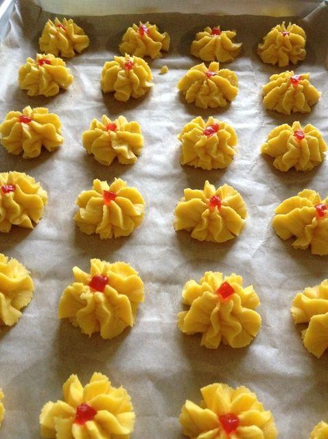 How to Make Dahlia Biscuits/ Kuih Semperit Recipe
