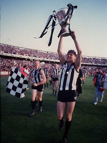 Google Image Result for http://resources3.news.com.au/images/2011/06/24/1226081/522655-collingwood-1990-premiership.jpg