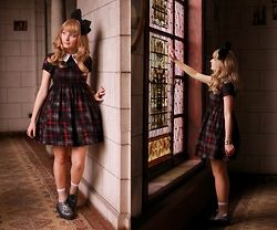 Laura Dambremont - Disturbia Dress, T.U.K. Footwear Shoes, Primark Socks, Angelic Pretty Bow - The abandoned mansion