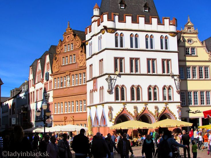 lady in black: Trier, the oldest city in Germany #travelblogger #travel #traveleurope #europe #westerneurope #blogging #lifestyleblogger #lifestyle #germany #placestogo #visitgermany #trier #oldtwon #picoftheday #historicaltown #placestosee #nemecko
