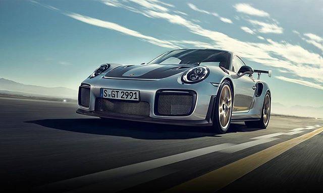 El 911 más rápido de la historia esas son las palabras con las que @porschemexico describe a su modelo 911 GT2 RS un bello auto que cuenta con un motor de combustión 3.8 bóxer de 6 cilindros biturbo. #car #cars #auto #automóvil #automobile #carsofinstagram #vehículo #911 #porsche911 #Porsche911GT2RS #speed #velocidad #lujo #luxury  via ROBB REPORT MEXICO MAGAZINE OFFICIAL INSTAGRAM - Luxury  Lifestyle  Style  Travel  Tech  Gadgets  Jewelry  Cars  Aviation  Entertainment  Boating  Yachts