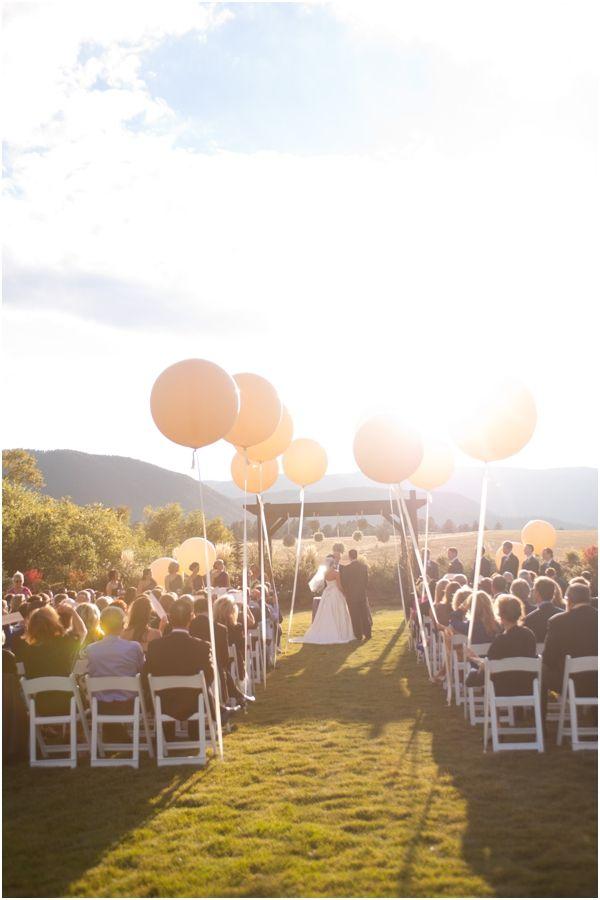 10 Pretty Ways to Line Your Wedding Aisle   PreOwnedWeddingDresses.com