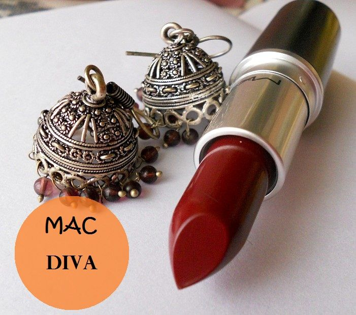 Mac Diva Lipstick Swatches, Review and Dupe