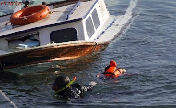 Tragédie na moři. Při potopení rybářské lodi zahynulo nejméně devět lidí