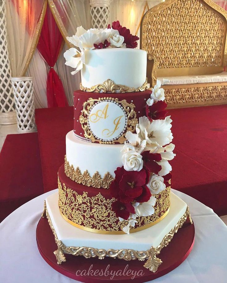 Wedding Cakes Inspired By China Patterns: Pin By Julitta Harris On Huge Wedding Cakes In 2019