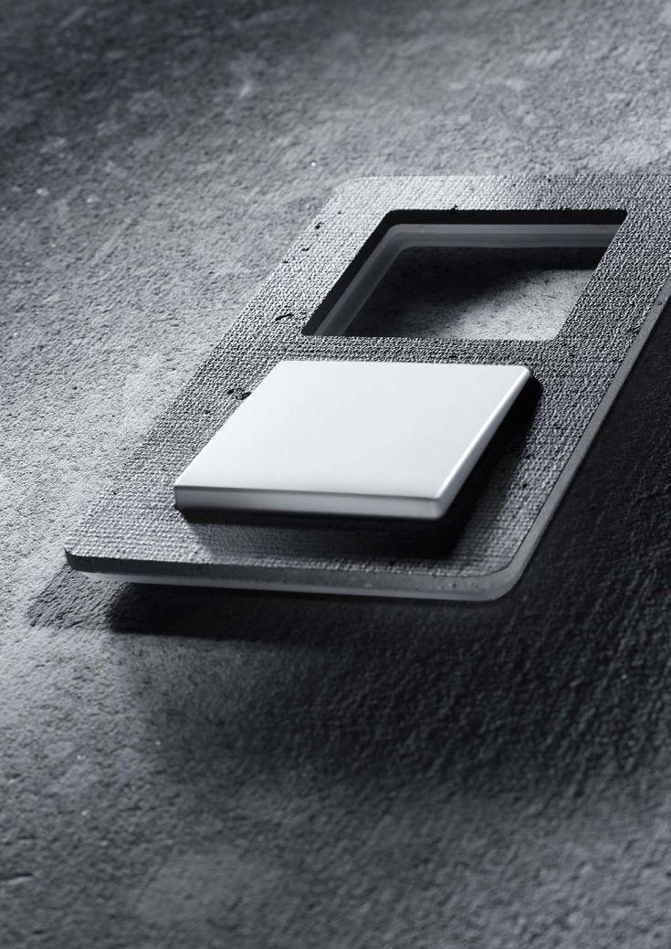 Berker Q7 текстурированный бетон