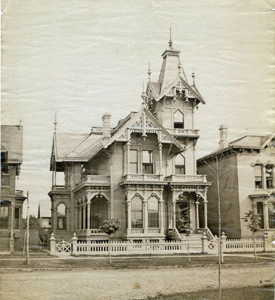 Bush park detroit michigan lost detroit mansions for 1900 architecture houses