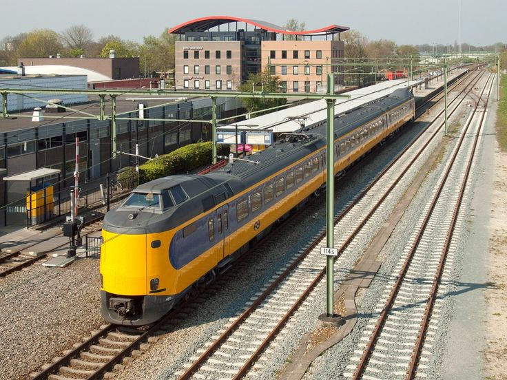 02 Station Steenwijk.jpg