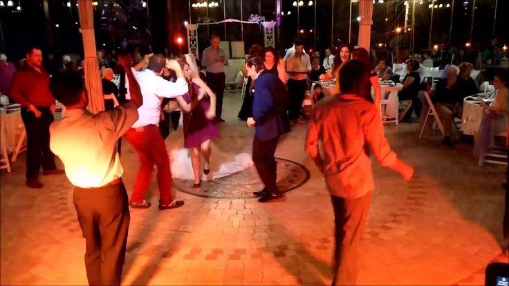 Mavi Yeşil 3 Ekim  Düğün Dj Müzik, Kına, Nişan Organizasyon İzmir