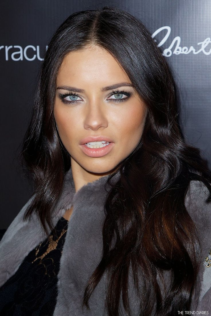 Adriana lima hairstyles 2014 - Adriana Lima At The Annual Leather And Laces Party During Super Bowl Xlviii In New York City New York February 2014