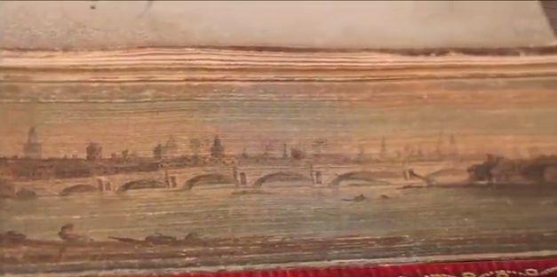 le immagini segrete nascoste dai libri
