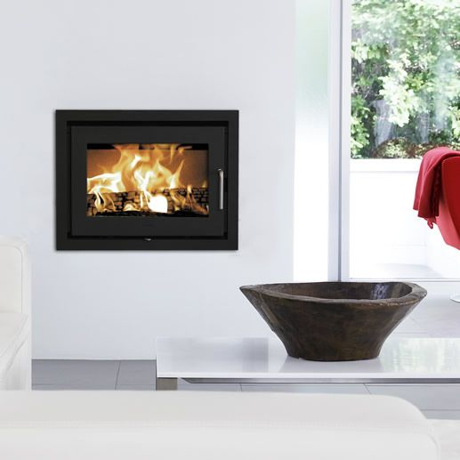 An original wood burning stove with the joys of a crackling fire Continuing the Morsø heritage, the 5660 insert is manufactured in high grade cast iron. Cast