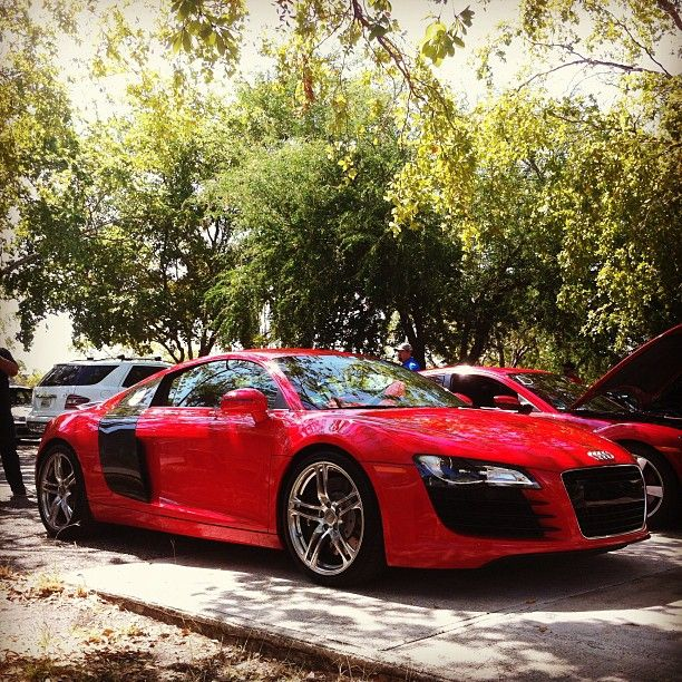 17 Best Images About Audi R8 On Pinterest