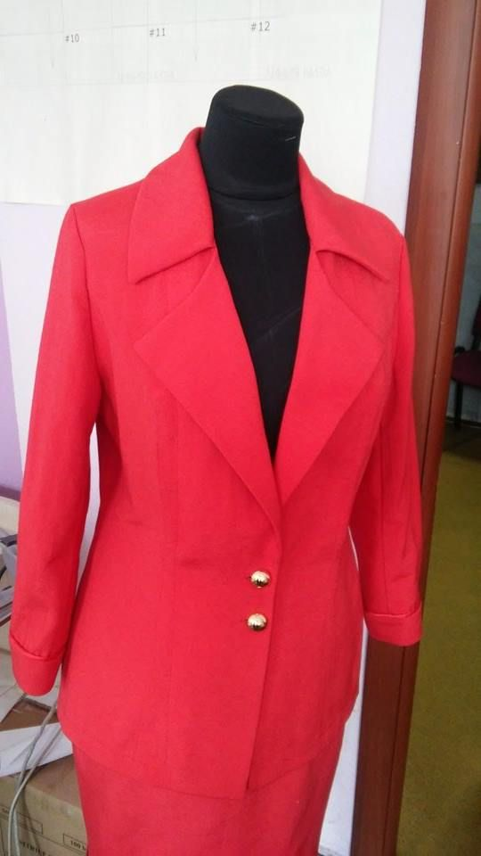 Костюм красный Жакет и юбка 46 размер, турецкий коттон