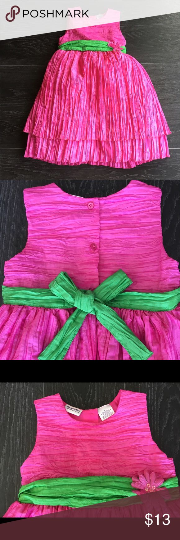 Girls Pink Dress Beautiful girls pink dress size 6x.  This would fit a size 7 as well depending on height.  Will take measurements.  Dress has button back, crinkle pattern throughout and a full skirt.  A very pretty dress to twirl in. 🌺 Great Condition with no marks or rips! From a smoke and pet free home!  20% of 2+ bundles! Dresses