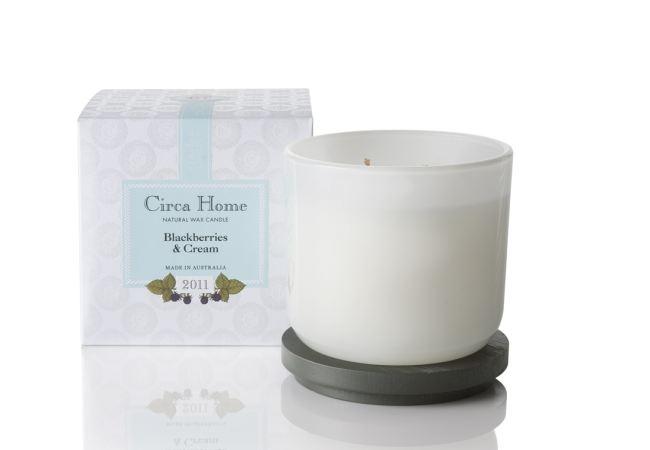 Circa Home - Blackberries & Cream Candle