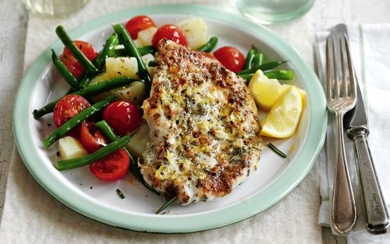 Slimming World's lemon and garlic chicken with a warm potato salad recipe - goodtoknow This looks so good!!