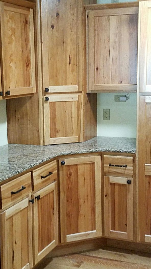 93 Kitchen Cabinet Decorative Accents Hickory Models 44 Kitchen Cabinet Styles Hickory Cabinets Kitchen Cabinets And Countertops