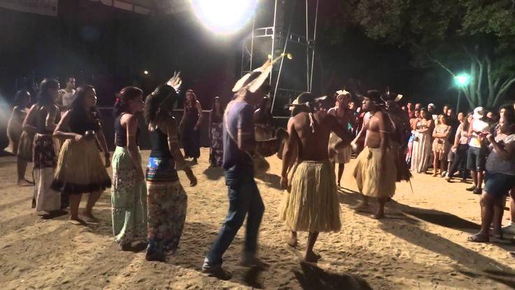 Ritual Indígena - Toré (Calourada DCE-UEFS 2014.1)
