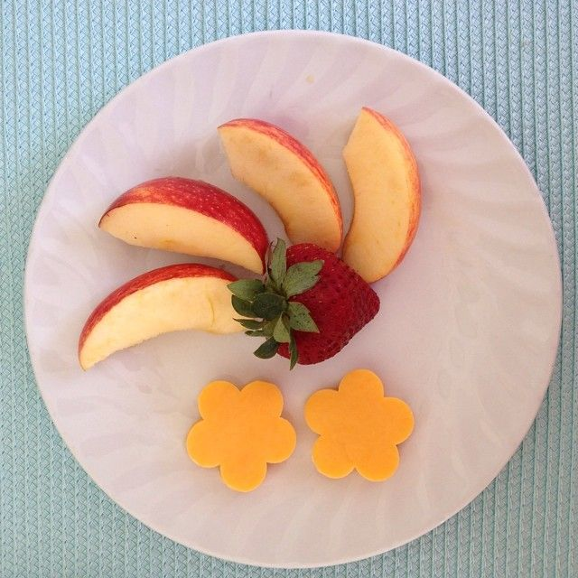 My girls are loving these ADL Mild Cheddar flowers I cut out for them to have with their fruit for morning #snack. #simplepleasures #CDNcheese #healthy2014 #nomnom #jerf #mmm #ohyum #prettyfood #kidapproved #healthylife #summer