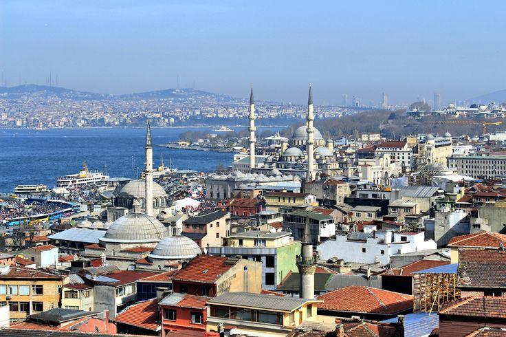 Летнее настроение в непогожий день: сказочный Стамбул http://kickymag.ru/travel/letnee-nastroenie-v-nepogozhij-den-skazochnyj-stambul/