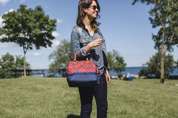 Sam's Club's Insulated Dual Compartment Lunch Bag!