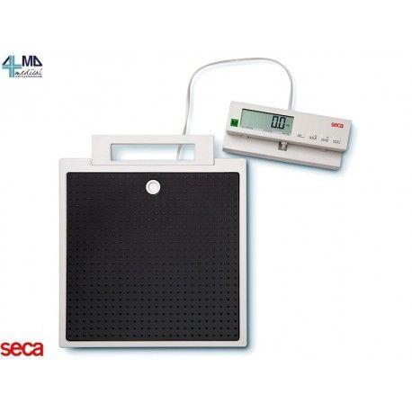 SECA BILANCIA DIGITALE SECA 899 CON DISPLAY REMOTO CON CAVO - PORTATA 200 KG IN OFFERTA A 489,99€