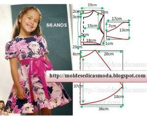 molde de vestido de criança florido