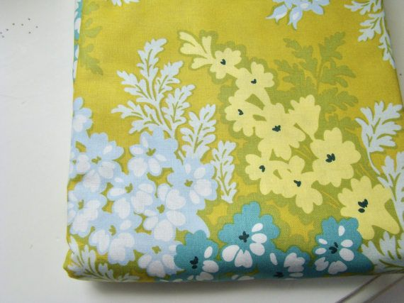 Heather Bailey Nicey Jane Picnic Bouquet Antique Gold HB-18