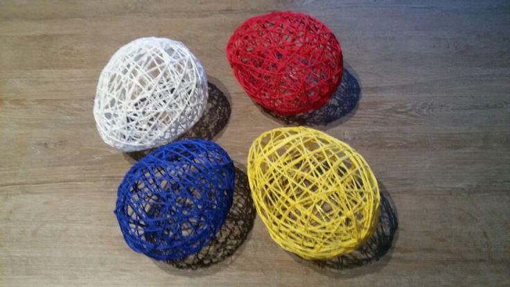 Paaseieren van touw