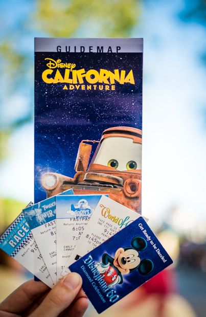Tips for buying Disneyland tickets in advance to save money!