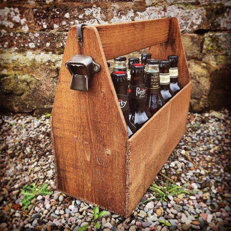 Perfect for bbq's & parties! 10 Bottle Rustic Beer Carrier
